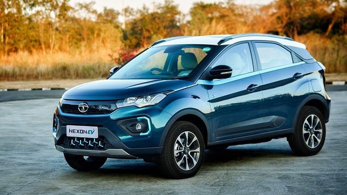 El Tata Nexon EV, un SUV eléctrico asequible, es todo un éxito de ventas