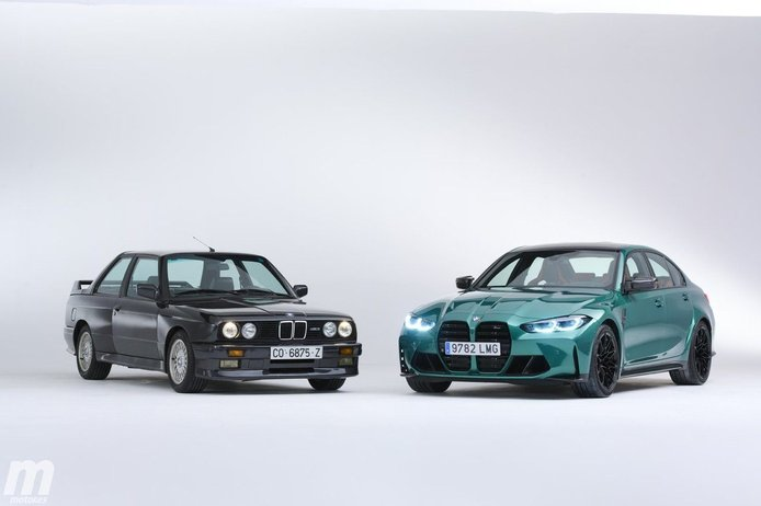 El nuevo BMW M3 G80 frente a su más lejano antepasado, el mítico BMW M3 E30
