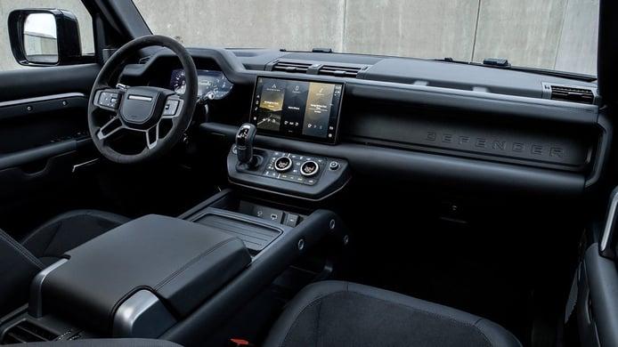 Land Rover Defender V8 - interior