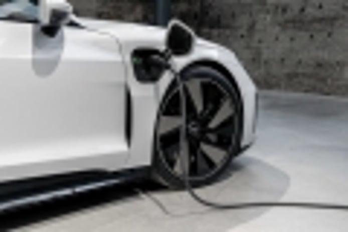 El jefe de Audi apunta que los futuros coches eléctricos dispondrán de menos autonomía