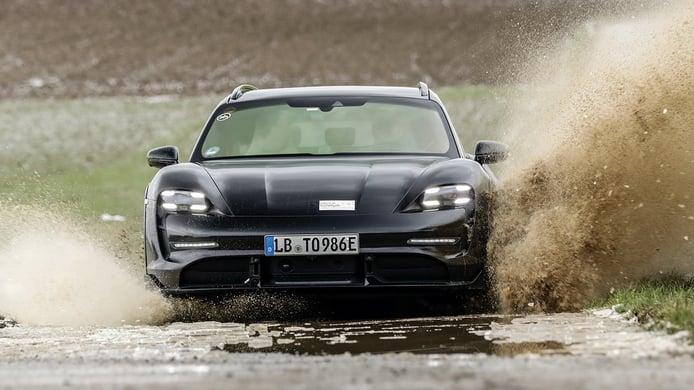 Porsche Taycan Cross Turismo - frontal
