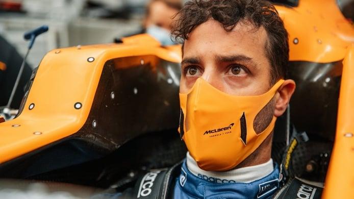 El primer día de Daniel Ricciardo en McLaren, en vídeo