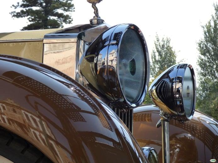 DGT y FEVA se reúnen para simplificar el proceso de catalogar vehículos históricos
