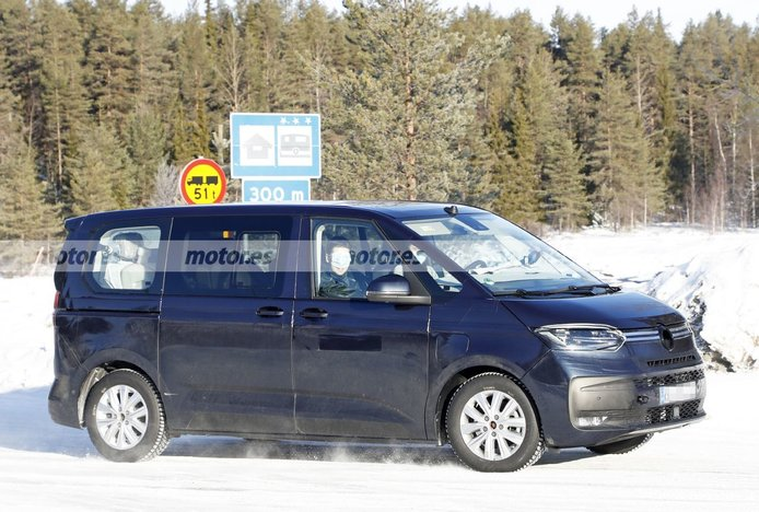 Foto espía Volkswagen Multivan eHybrid - exterior