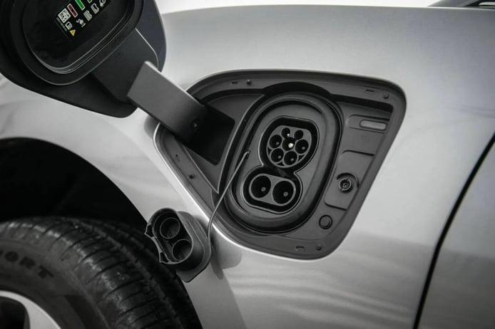 ACEA se abre a límites de CO2 más exigentes si Europa potencia los puntos de carga
