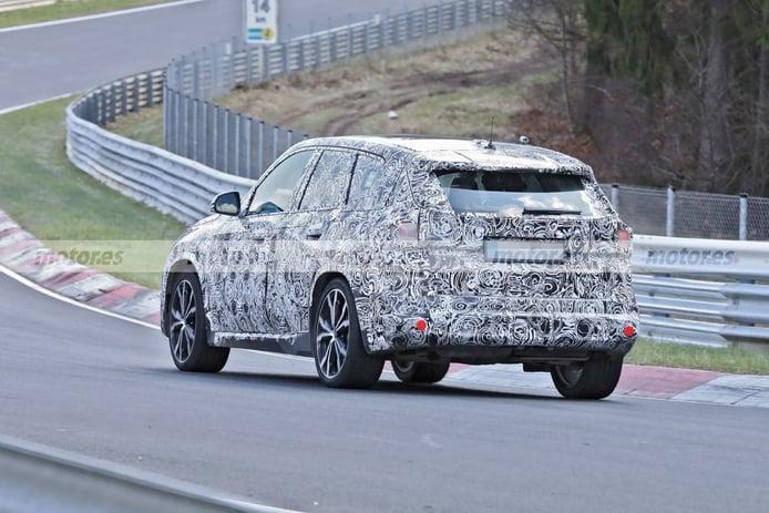 Foto espía BMW X1 2022 - exterior