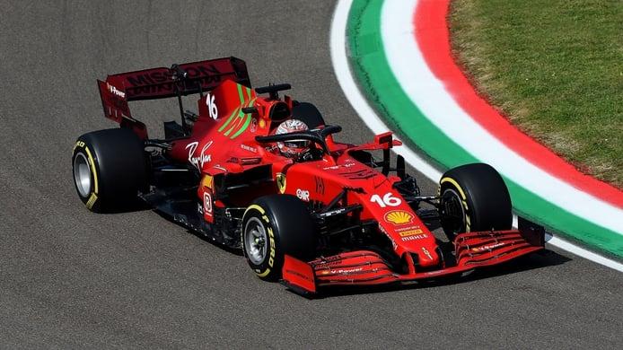 Ferrari prueba el suelo en Z con Sainz y Leclerc