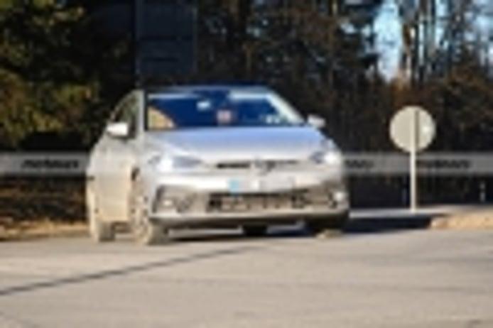 Últimas fotos espía del Volkswagen Polo Facelift 2021 previas a su inminente debut