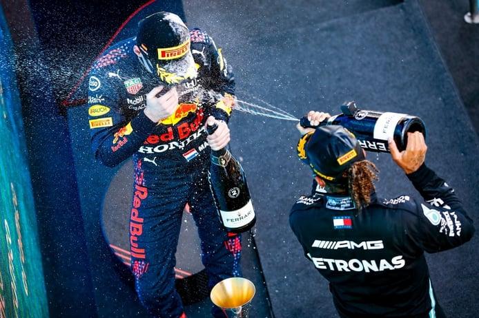 ¿Guerra psicológica entre Hamilton y Verstappen?: «A Lewis le encanta esa basura»