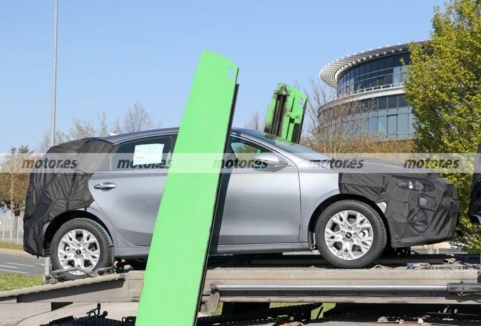 Foto espía KIA Ceed Facelift 2022 - exterior