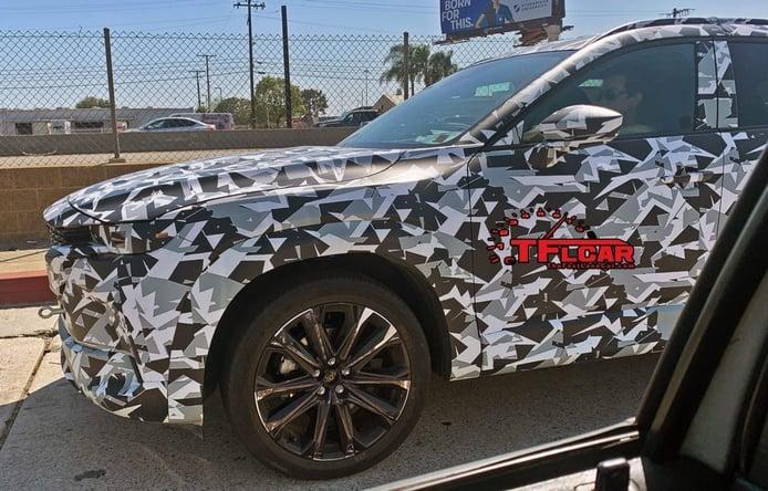 Foto espía Mazda CX-5 en Los Ángeles, Estados Unidos