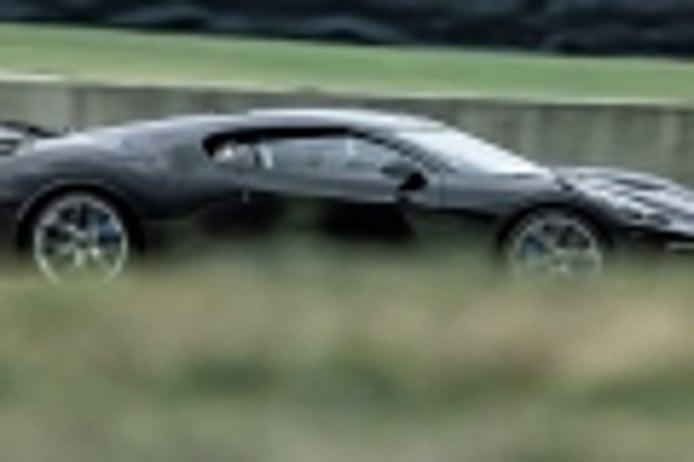 Bugatti muestra las imágenes de las pruebas de La Voiture Noire