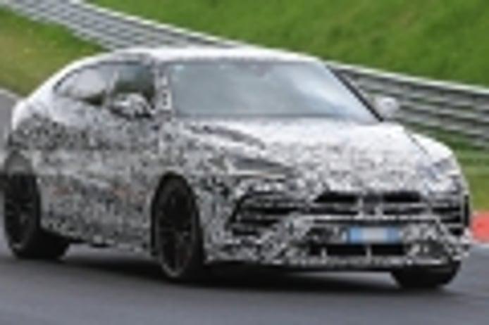 El nuevo Lamborghini Urus EVO con motor electrificado se enfrenta a Nürburgring