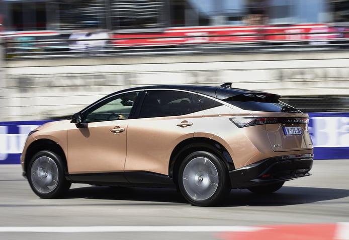 El nuevo Nissan Ariya se pasea por las calles de Mónaco [vídeo]