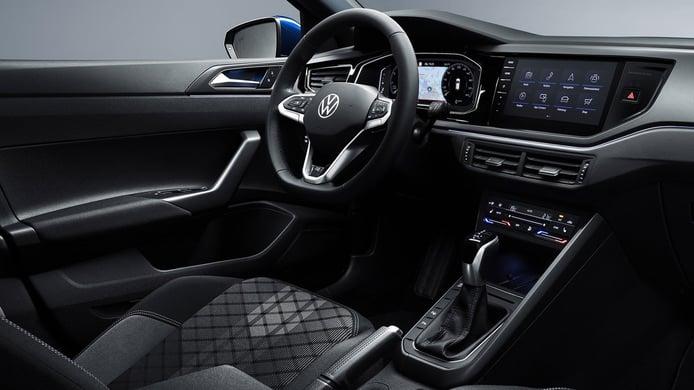 Volkswagen Polo 2021 - interior