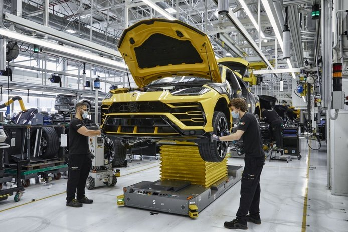 Foto Producción Lamborghini Urus