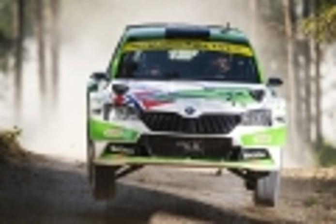 Andreas Mikkelsen y Ola Floene protagonizan otro divorcio en el WRC