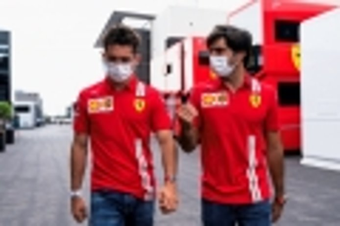 Leclerc, fascinado con el modo de trabajar de Sainz: «Es muy inteligente»