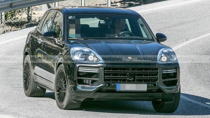 El nuevo Porsche Cayenne cazado al detalle, ¿qué mejoras sufrirá el popular SUV?