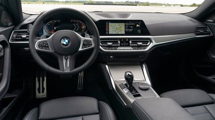 BMW Serie 2 Coupé 2022 - interior