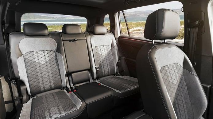 Volkswagen Tiguan Allspace 2022 - interior