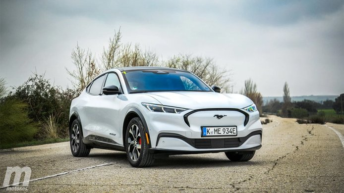 El renting afianza su peso en las ventas de coches eléctricos en España