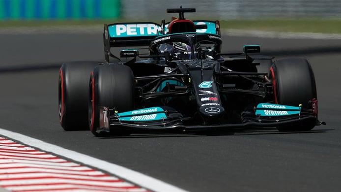 Hamilton se lleva la pole en Hungría y deja a Verstappen sin venganza... de momento