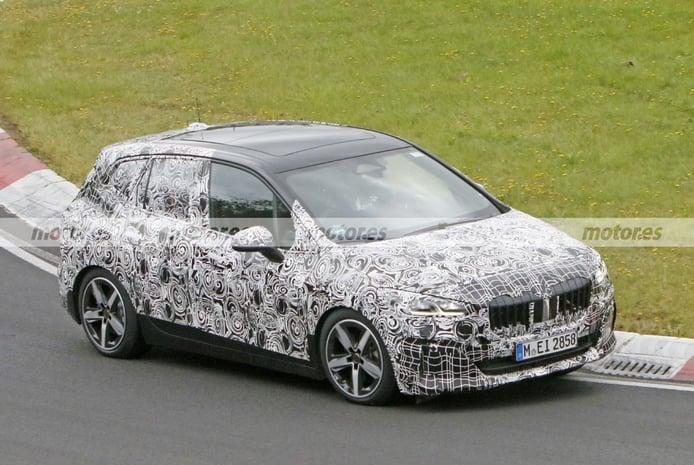 Foto espía BMW Serie 2 Active Tourer 2022 en Nürburgring - exterior