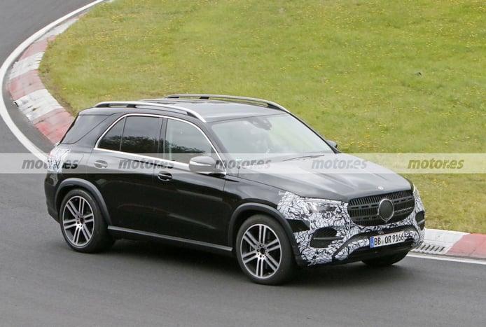 Foto espía Mercedes GLE Facelift 2022 en Nürburgring - exterior