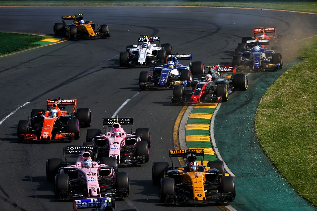 Fernando Alonso tras la salida en Albert Park