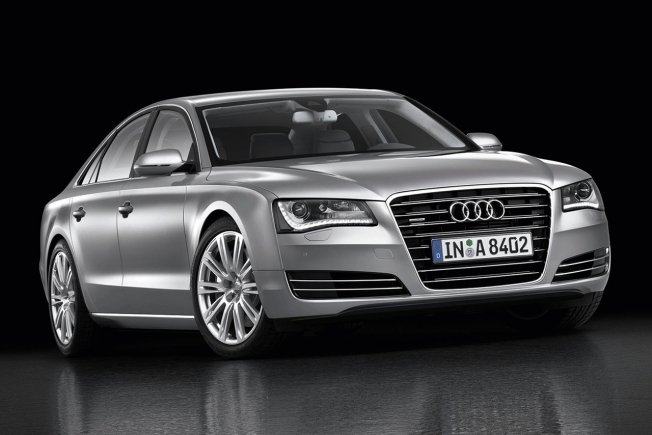 Audi A8 Corto