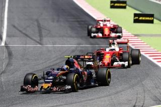 F1 2016: Carlos Sainz Foto 49