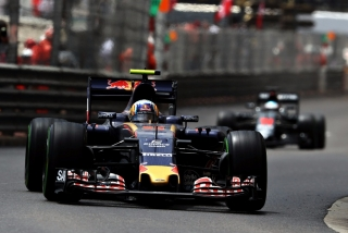 F1 2016: Carlos Sainz Foto 73
