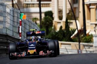 F1 2016: Carlos Sainz Foto 75