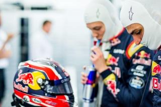 F1 2016: Carlos Sainz Foto 96
