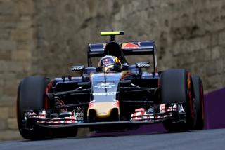 F1 2016: Carlos Sainz Foto 95