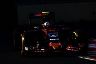 F1 2016: Carlos Sainz Foto 98