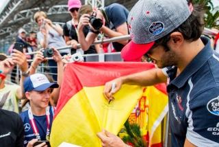 F1 2016: Carlos Sainz Foto 104