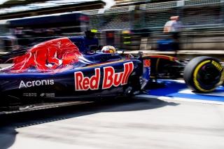 F1 2016: Carlos Sainz Foto 131