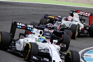 F1 2016: Carlos Sainz Foto 153