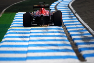 F1 2016: Carlos Sainz Foto 160