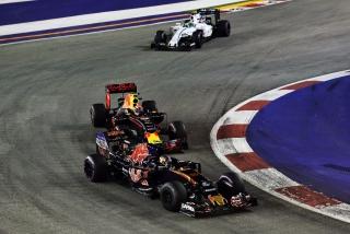 F1 2016: Carlos Sainz Foto 200