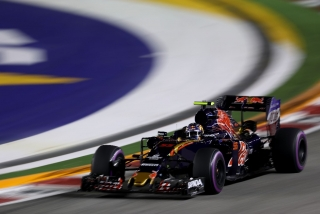 F1 2016: Carlos Sainz Foto 204