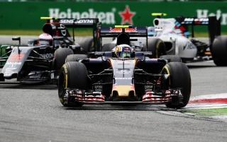 F1 2016: Carlos Sainz Foto 187