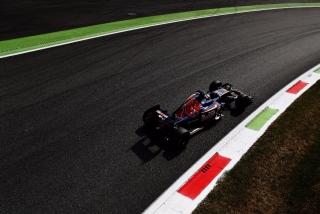 F1 2016: Carlos Sainz Foto 189