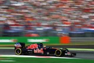 F1 2016: Carlos Sainz Foto 178