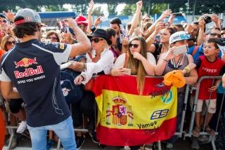 F1 2016: Carlos Sainz Foto 177
