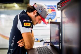 F1 2016: Carlos Sainz Foto 215