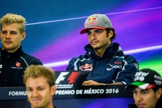 F1 2016: Carlos Sainz Foto 238