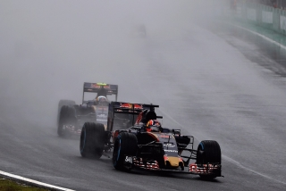 F1 2016: Carlos Sainz Foto 251